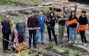 Người dân Paris đua nhau trồng rau, nuôi gà trên sân thượng