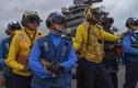 Cận cảnh tàu sân bay Mỹ áp sát Eo biển Triều Tiên