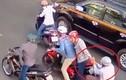 Tài xế giành lại 2 tỷ trên tay kẻ cướp giữa Sài Gòn