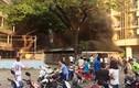 TP HCM: Nhà xe ký túc xá ĐH Y Dược bốc cháy dữ dội