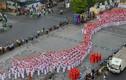 Hàng nghìn nữ sinh mặc áo dài xếp hình bản đồ Việt Nam