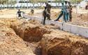 Sạt lở công trình thi công khiến hai công nhân bị chôn vùi