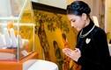 Trương Thị May diện áo dài diện kiến Đức Nhiếp chính vương Nepal