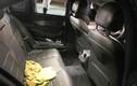 Mercedes C200 bị đập kính lấy tài sản ở bãi xe siêu thị Emart