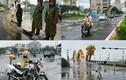 Cảnh sát dầm mình trong mưa làm nhiệm vụ APEC 2017