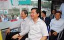 Bí thư Thăng trải nghiệm tuyến xe buýt nối sân bay Tân Sơn Nhất