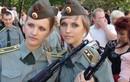 Ngắm mỹ nhân trong quân đội các nước