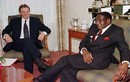 Những khoảnh khắc đáng nhớ trong cuộc đời Tổng thống Zimbabwe Robert Mugabe