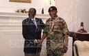 Cận cạnh cuộc đàm phán giữa Tổng thống Mugabe và Quân đội Zimbabwe