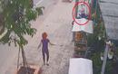 Bẻ khóa xe bị phát hiện, 2 tên trộm bỏ chạy trối chết