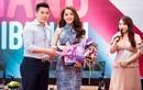Hot girl Chi Pu nhận học bổng du học Anh Quốc