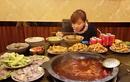 Khả năng ăn siêu phàm khó tin của cô gái mảnh mai