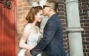 Ngọc Trinh chụp ảnh váy cưới bên ông bầu Khắc Tiệp