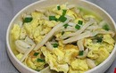 Trứng xào nấm - Món ngon cải thiện miễn dịch, phòng chống cảm lạnh mùa đông