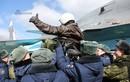 Xúc động cảnh máy bay ném bom Nga rời Syria về quê