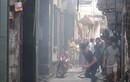 Hà Nội: Cháy nhà, khói bốc khắp ngõ ngách, dân chạy tán loạn