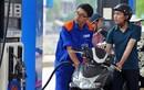 Giá xăng giảm 178 đồng/lít từ 15h hôm nay
