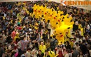 Giới trẻ Hà thành thích thú với đoàn binh diễu hành Pikachu