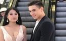 Chú rể đẹp trai chụp ảnh cưới ở TTTM bị tố trăng hoa