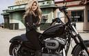 Thiên thần Victoria's Secret cầm lái siêu môtô Harley Davidson