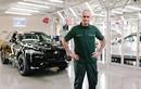 """Người đặc biệt """"tậu"""" xe Jaguar F-Pace thứ 100.000"""