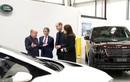 Vợ chồng hoàng tử William cầm lái xe sang Jaguar Land Rover