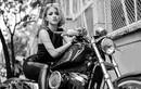 Chân dài Sài thành đọ dáng môtô Harley-Davidson 48