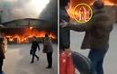 """Video: Thành đuốc sống vì lao vào đám cháy """"cứu"""" điện thoại"""