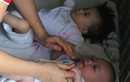 Xót thương 4 bé gái bị mẹ bỏ rơi vì bệnh tật