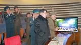 Ông Kim Jong-un muốn phóng thêm nhiều vệ tinh lên quĩ đạo