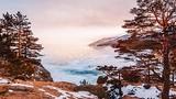 Cảnh sắc đẹp hút hồn ở hồ Baikal đóng băng