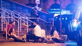 Hiện trường kinh hoàng nổ lớn ở Manchester, 70 người thương vong