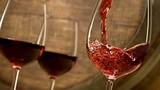 Một ly rượu vang đỏ bằng một giờ tập luyện trong phòng gym