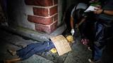 """""""Lạnh người"""" xác chết con nghiện ma túy trên phố ở Philippines"""