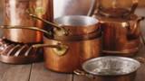 Điểm mặt dụng cụ nhà bếp hay dùng nhưng cực nguy hiểm