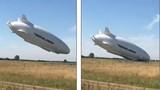 """Máy bay hình """"chiếc mông"""" lớn nhất thế giới gặp nạn"""