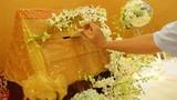 Bi hài đêm tân hôn bị mất sạch tiền mừng cưới