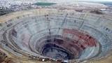Khung cảnh gây giật mình trong mỏ kim cương lớn nhất thế giới
