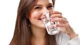 Uống nước sôi để nguội kiểu này coi chừng rước họa