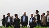 Chủ tịch Nguyễn Thiện Nhân thăm trang trại TH