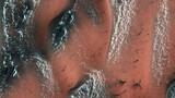 NASA tiết lộ cảnh tượng vi diệu trên sao Hỏa