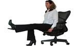 Ngồi ghế vận động, đánh tan mỡ bụng cho dân văn phòng