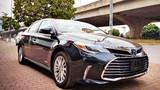 Cận cảnh Toyota Avalon Limited giá 2,56 tỷ tại VN