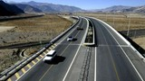 """Trung Quốc """"oằn mình"""" dưới gánh nợ đường cao tốc"""