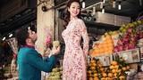 """Hoa hậu Jennifer Phạm được bạn nhảy """"cầu hôn"""" ở chợ Tết"""