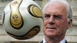 """Vì sao """"Hoàng đế"""" Beckenbauer bị pháp luật sờ gáy?"""