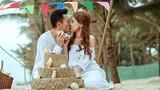 Ca sĩ Thanh Thảo liên tục hôn bạn trai Việt kiều ở biển