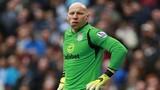 Sai lầm siêu ngớ ngẩn của thủ thành Aston Villa
