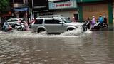 Kinh nghiệm lái ô tô khi qua đường ngập nước