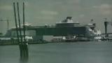 Cận cảnh hạ thủy siêu du thuyền lớn nhất thế giới ở Pháp